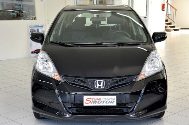 Vendita Auto Honda Jazz 14 I Vtec Usata Stylemotor Annunci Auto